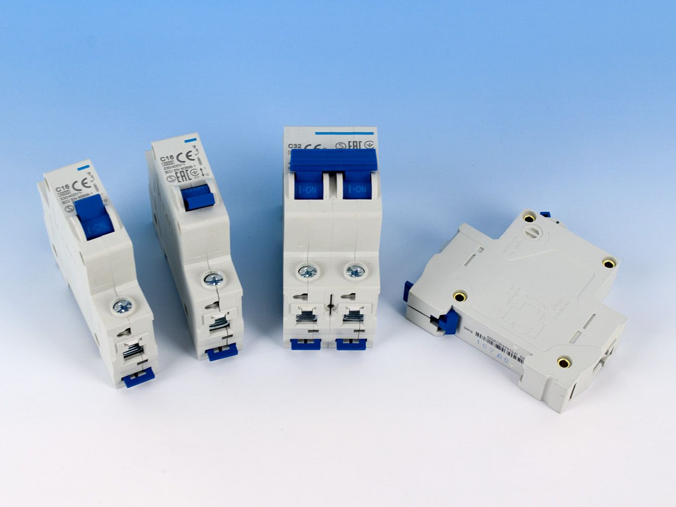 Economical Circuit Breaker, DIN Rail Mounted